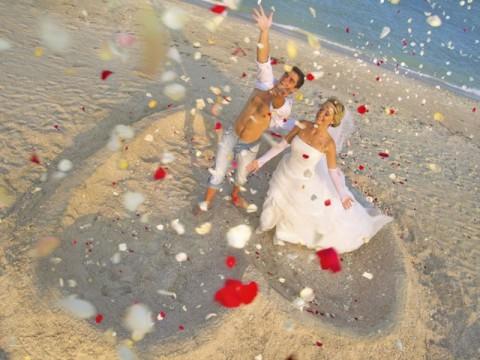 kāzas pie jūras baltatour